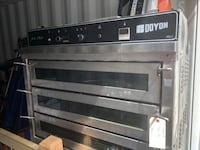 Commercial pizza oven , T7X 3S1