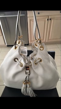 Michael Kors white leather bag  Mississauga, L4Z 1B7