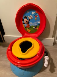Training toilet, Mickey Mouse Centreville, 20121