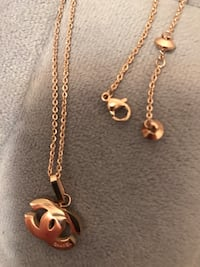 Rose gold necklace , it is no brand name Oklahoma City, 73013