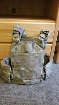 Army Vest Joint Base Lewis-McChord, 98433