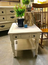 End Table (Junk in the Trunk) Hull, 30646
