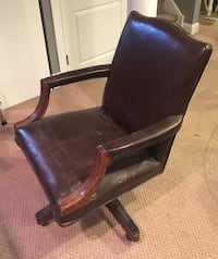 Antique leather office chair  Collegeville, 19426
