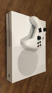 Xbox One S .5Tb /w controller Laval, H7V