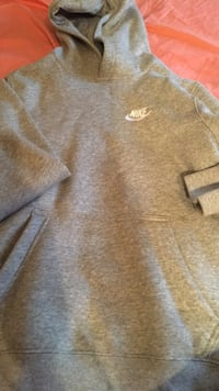 Gray and white nike pullover hoodie New York, 11236