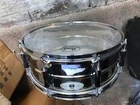 black and gray snare drum Spring, 77380