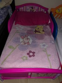 Toddler bed Minnie Mouse  Miami Gardens, 33056