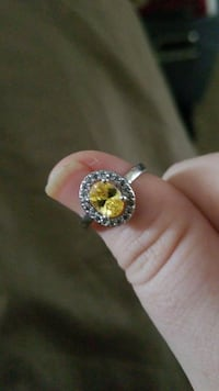 silver ring with yellow gemstone Yuma, 85365