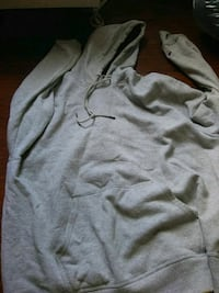 gray and black pullover hoodie Toledo, 43615