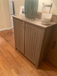 Accent sideboard / cabinet