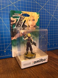 Final Fantasy 7 cloud Amiibo. Original costume Richmond Hill, L4C 7P6