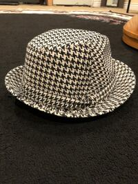 vintage looking black and white checkered fedora hat
