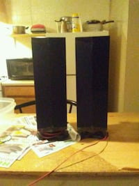 Surrond sound speakers 47 mi