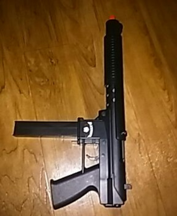 easy cock airsoft tech nine