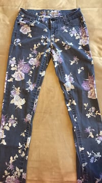 Blue and white floral pants 895 mi