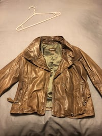 Danier brown leather jacket Vaughan, L6A 3C4