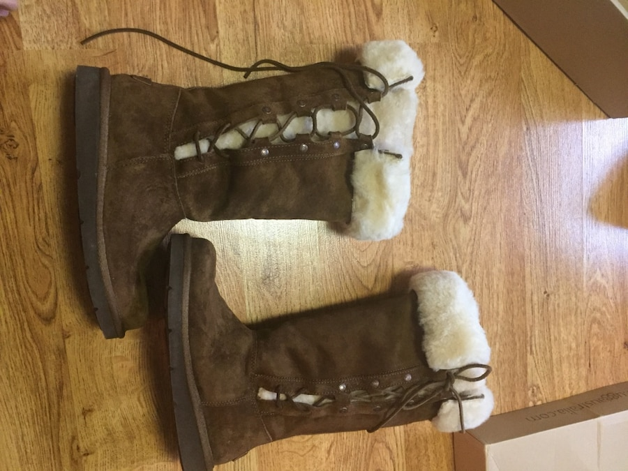 Photo UGGS-Upside, Ladies-size 6