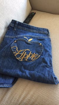 Apple Bottom Jeans Mississauga, L5A 3X2