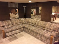 La-z-boy sectional with right arm reclining chair & hideaway bed $475