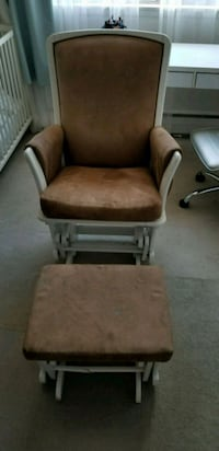 Rocking chair with leg swinger  Port Moody, V3H 1L5