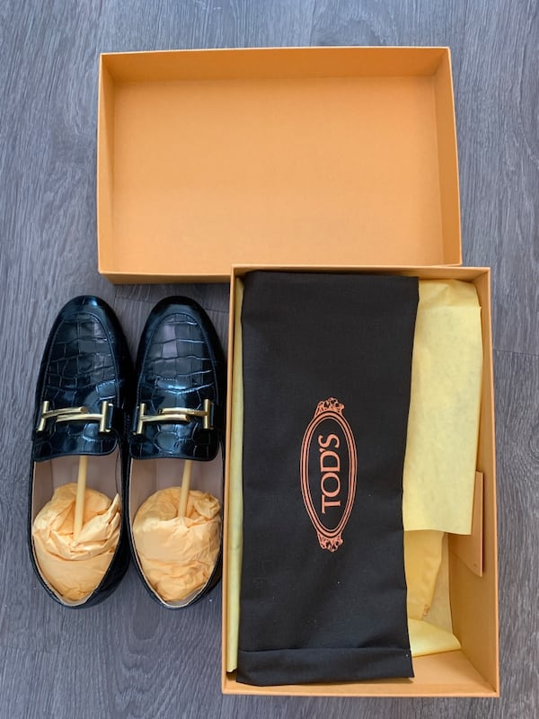 Tods's double T logo crocodile printed leather loafers IT 37.5 7b0e2d10-66ea-4218-8378-c7495713ec8d