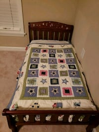 Toddler bed with mattress. Stafford, 22554