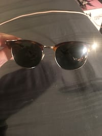 Authentic Saint Laurent Sunglasses Brampton, L6Z