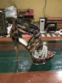 Brown leopard print stiletto heels  Warwick, 02889