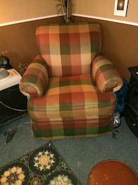 red and green plaid sofa chair Bristol, 37620