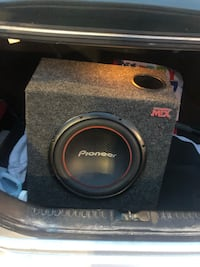 12 inch pioneer sub with amp  Orono, 04473