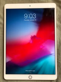 Apple - 10.5-Inch iPad Pro with Wi-Fi - 256GB gold perfect condition ( no shipping ) Herndon, 20170