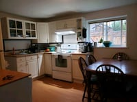 HOUSE For Rent 3BR 1BA North Saanich, V8L 4A3