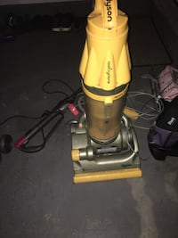 red and gray upright vacuum cleaner Grayslake, 60030