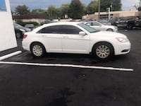 2013 CHRYSLER 200 LX * GOOD ON GAS ! * LOW MILES!!! * AFFORDABLE! Detroit