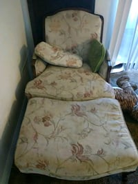 Couch chair with leg rest Las Vegas, 89115