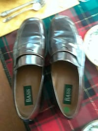 Bass italian-made leather penny loafers North Charleston
