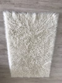 White and gray fur area rug Los Angeles, 90026