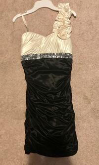 Black and White Dress — Size Small