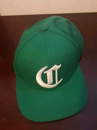 green and white  fitted cap Toronto, M1G 1B4