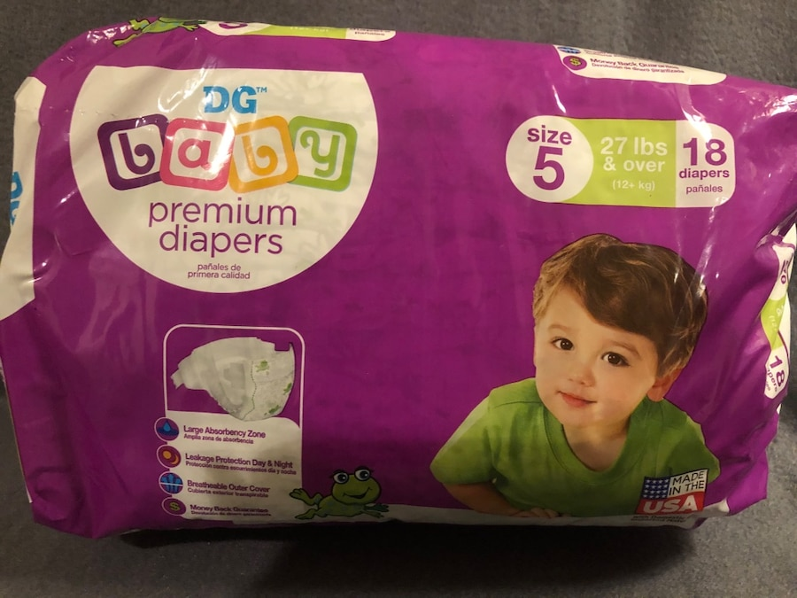 Photo Dollar General Premium Diapers Size 5