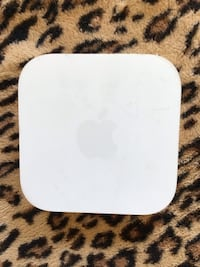 Apple Airport Express 802.11n Base Station 2nd Generation A1392 PC & Mac EUC and power cable Glenn Dale, 20769