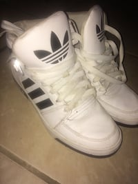 Pair of white adidas low-top sneakers Hamilton, L8N 2T6