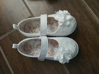 Toddler girls size 7 shoes  Dallas, 75212