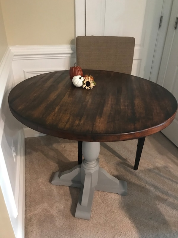 Small Dining/Kitchen Table