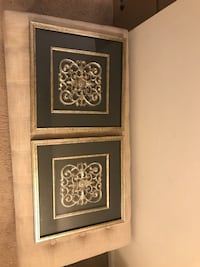Black and silver decorative pictures Centreville