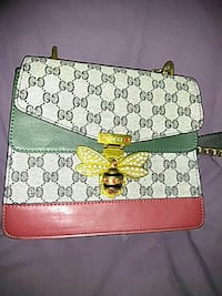 white, green and red Gucci leather crossbody bag