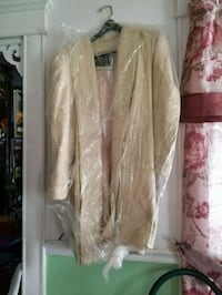Swing coat, cream color, real leather Kankakee, 60901