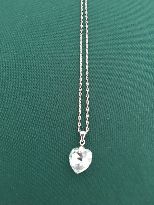 20 in Sterling Silver  Necklace with Swarovski Crystal Penant $40 1e127784-9b71-4125-9eda-d9e3a375b97f