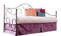 Daybed with Trundle and 2 Twin Mattress Dallas, 75219