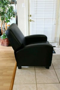 Leather Recliner Lawton, 73505
